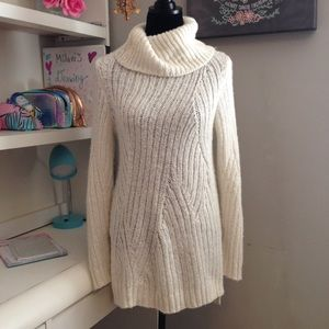 Sweaters - Chunky Oversized Long Knit Sweater